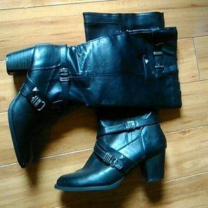 Rialto's tall belt&studded boots